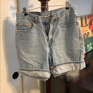Levi Boyfriend Jeans/Shorts